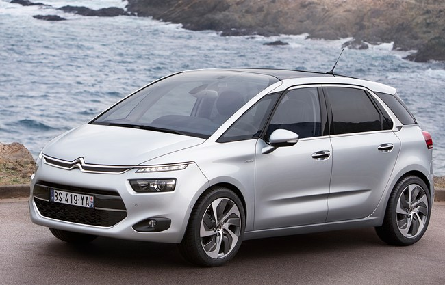 first pictures new citroen c4 picasso. Black Bedroom Furniture Sets. Home Design Ideas