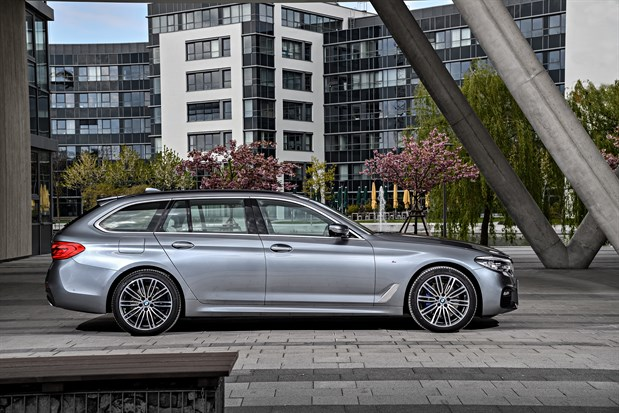 bmw 520d touring m-sport review