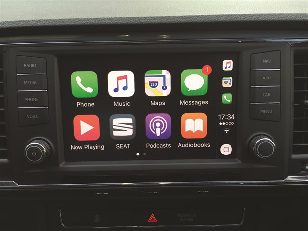 Pic 1 - LTT Seat Ateca - Int Apple Car Play