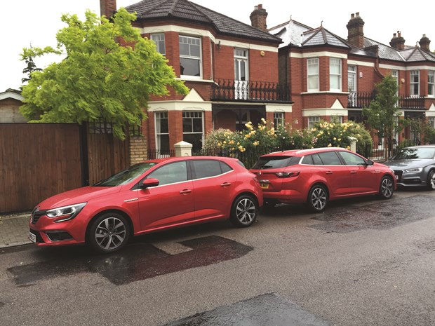 LTT Renault Megane - Hatch Vs Estate 2