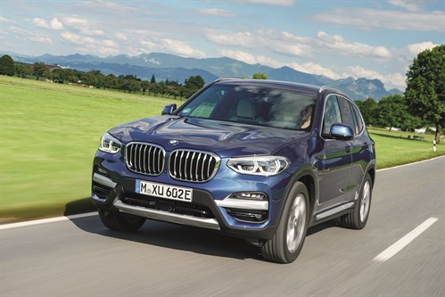 P90395769_high Res _the -bmw -x 3-xdrive 30e